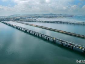 三代同堂:从海堤、跨海大桥到海底隧道
