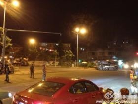 漳州市部分路段实行封锁,为坦克让行