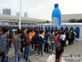 厦门厕所马拉松:千人排队如厕