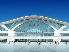 厦门有几个火车站:厦门站、厦门北站、高崎站