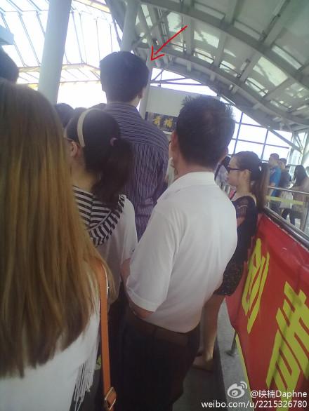 """厦门BRT现猥琐""""抓屁男""""女士们要小心"""