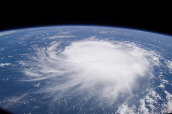 """台风 """"泰利""""来了!即将下暴雨!"""
