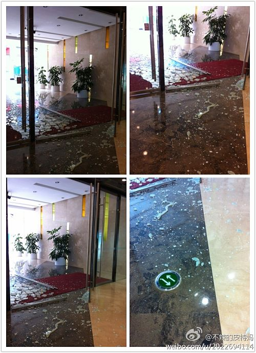 危险商城:厦门万达玻璃第N次倒下