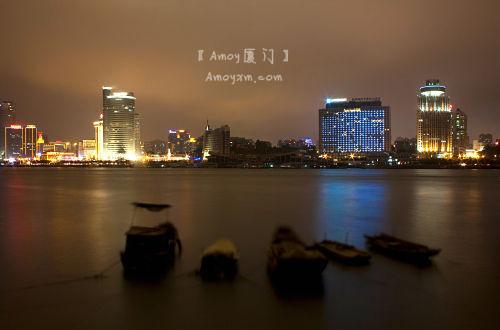 又到一天下班时:厦门璀璨夜景