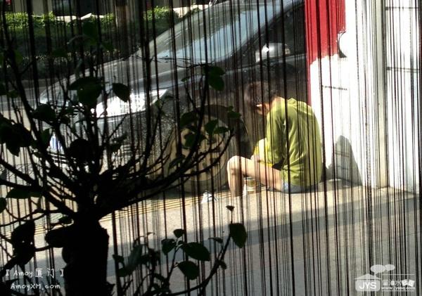 """厦门职业乞丐现形记:用镜头卸下""""乞丐""""的伪装 厦门专业乞丐 Amoy厦门 5"""